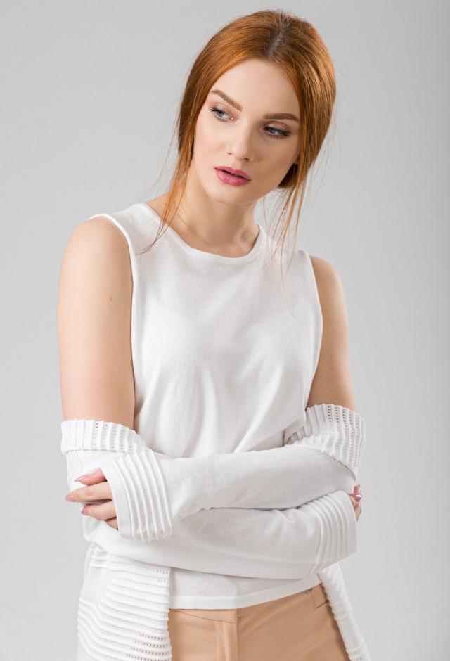 Top tricotat Pavlova